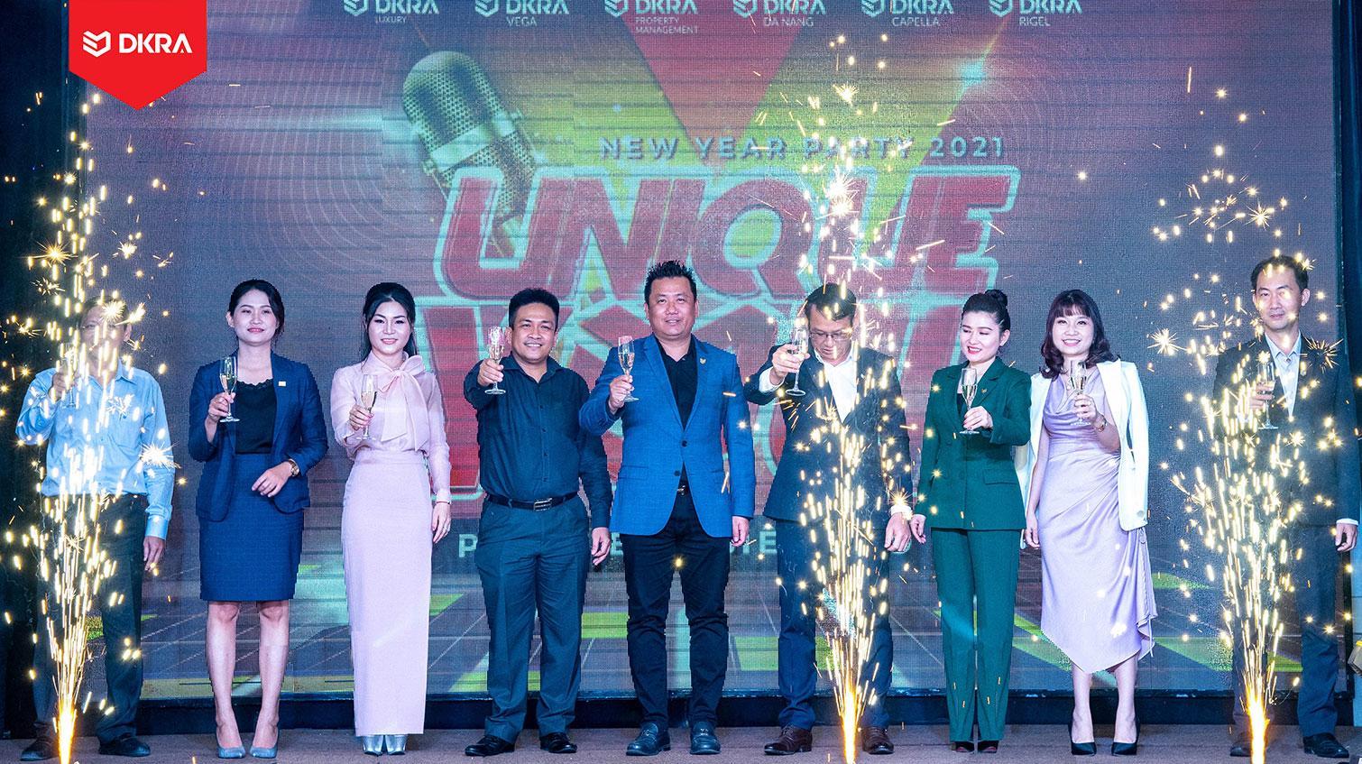 """DKRA VIETNAM NGẬP TRÀN NĂNG LƯỢNG MỚI VỚI NEW YEAR PARTY 2021 - """"UNIQUE YOU"""""""