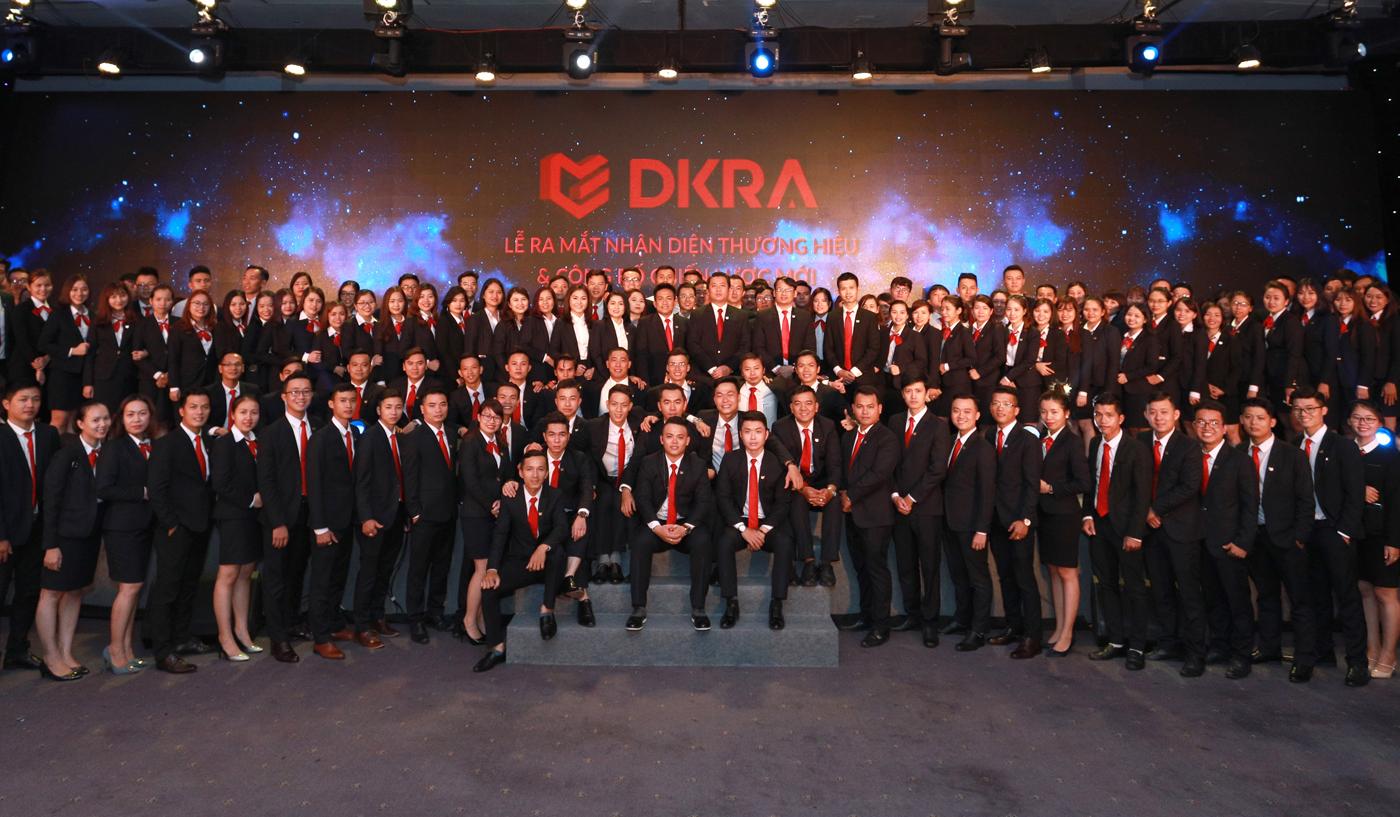 Tập thể nhân viên DKRA Vietnam